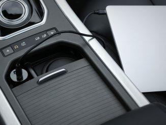 """自動車の""""USB Type-Cシガーソケット""""での「任天堂スイッチ」「ノートパソコン」を充電する方法"""